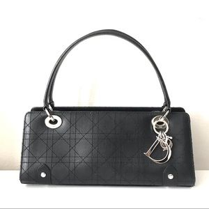 {Dior} Long Cuir Noir Cannage Bag